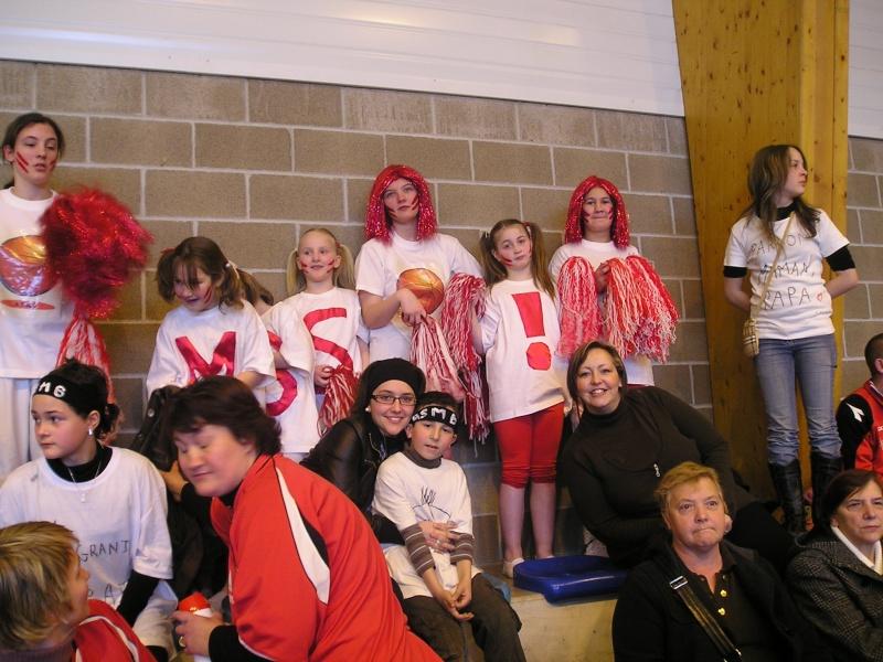 Supporters lors de l' aprés midi basket du 8 mars 2009 P1010018