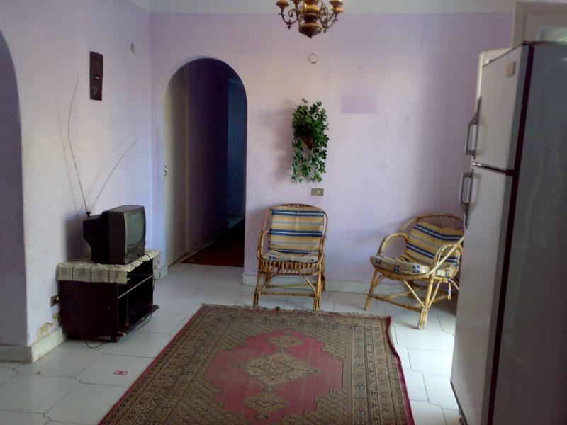 شقة لإيجارمفروش بالمعمورة ثلاث غرف وصالة بالسوق التجاري تري البحر للحجز 01012412542  Ououo105