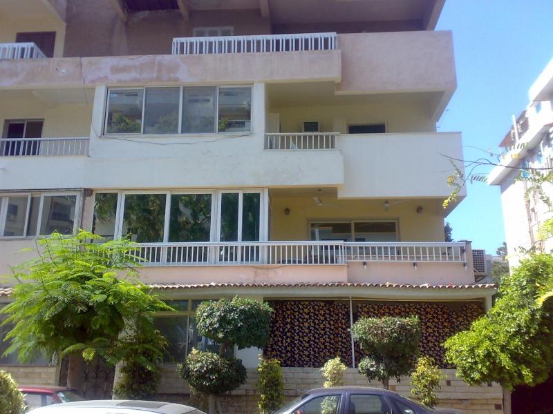 شقة سوبر لوكس مكيفة للإيجار مفروش تطل علي  شارع النصر قريبة من حدائق المنتزة - المعمورة  Ououoo24