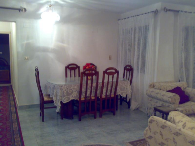 شقة للإيجار مستوي فندقي تشطيب سوبرر لوكس 4 تكيف المجموعة 11 - المعمورة الشاطيء  Ououou85