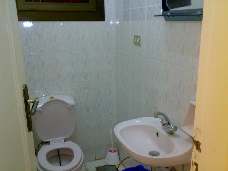 شقة للإيجار مستوي فندقي تشطيب سوبرر لوكس 4 تكيف المجموعة 11 - المعمورة الشاطيء  Ououou88