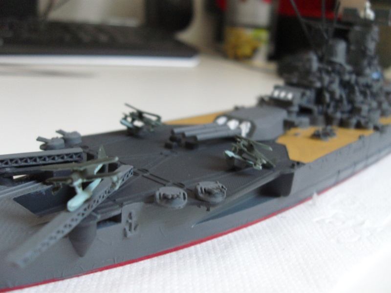 Yamato (Tamiya 1/700°) par yoon - Page 3 Sdc11211