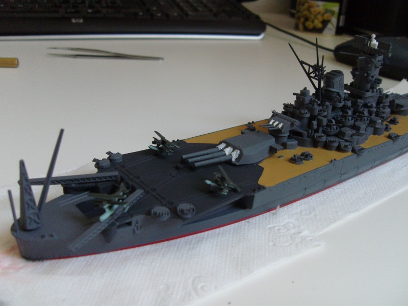 Yamato (Tamiya 1/700°) par yoon - Page 3 Sdc11212