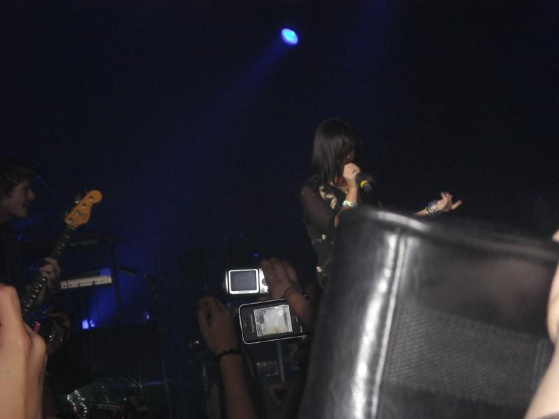 14 Juin 2009 :: Au Zenith De Paris :: 1ere Partie Du Concert Des JB Dscn0715