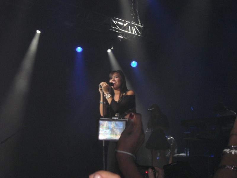14 Juin 2009 :: Au Zenith De Paris :: 1ere Partie Du Concert Des JB Dscn0717