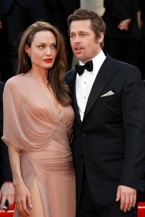 Brad and Angelina Movie Premieres  - Page 2 14210