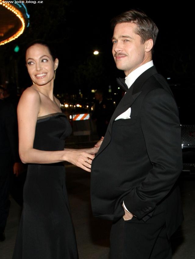 Brad and Angelina Movie Premieres  24541_11