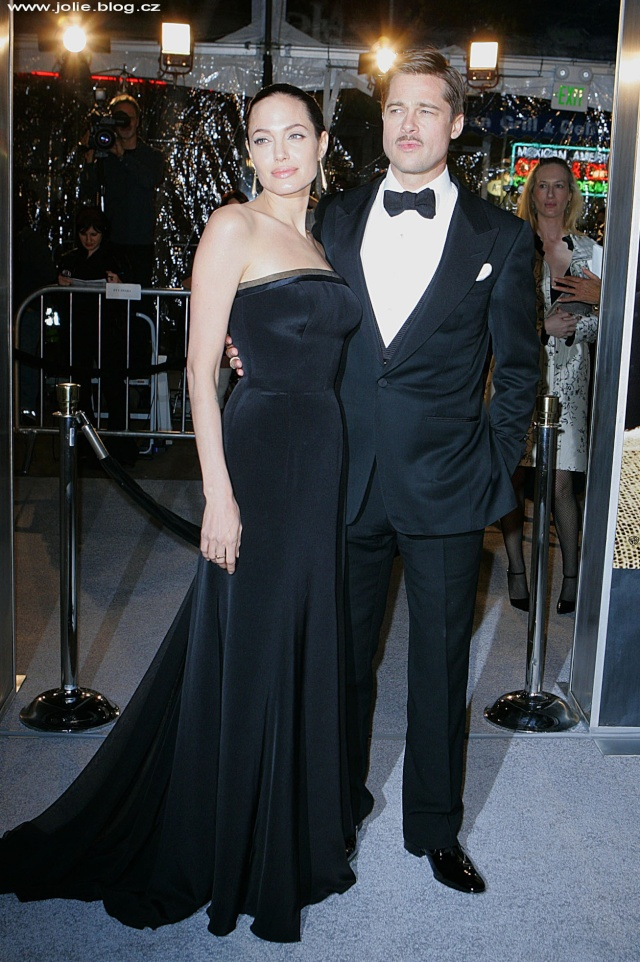 Brad and Angelina Movie Premieres  25011_10
