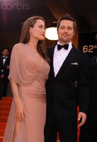 Brad and Angelina Movie Premieres  - Page 5 Bastar12