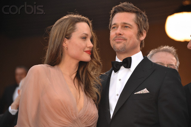Brad and Angelina Movie Premieres  - Page 5 Bastar13