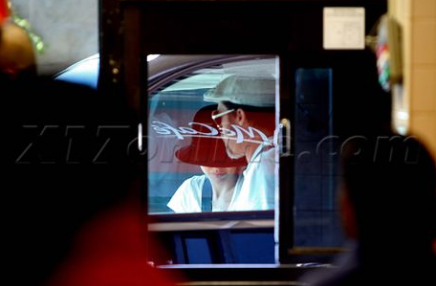 Brad And Angelina Ordering Food At A McDonald's Drive-Thru In Hollywood Xxfgtr10
