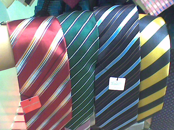 Alternative ties for Hogwarts students 2009_010