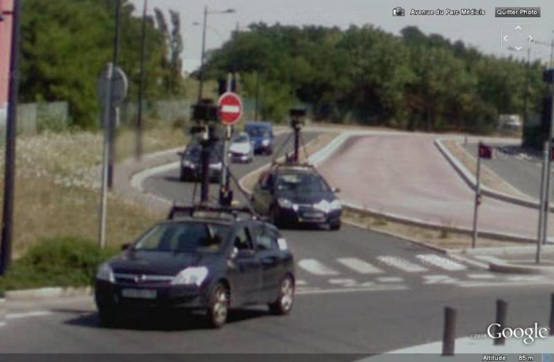 STREET VIEW : Les Google Cars en action Google10