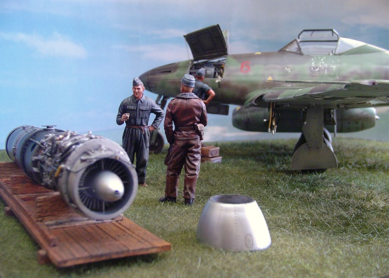 A few pic of my latest Me262 Red_6_10