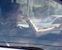 Angelina mais uma vez no transito,mas dessa vez sozinha 09.11.09 310