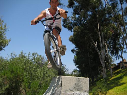 riding cement quarter in a ditch Fufanu13