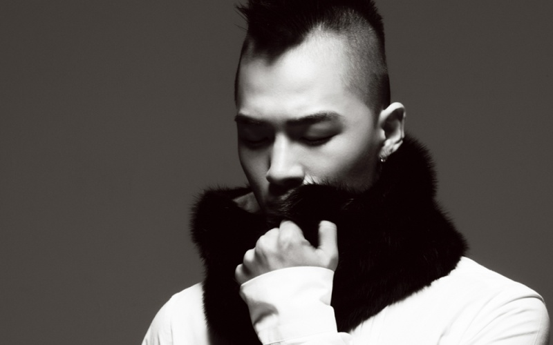 Big Bang [groupe] [M] Tae_ya12
