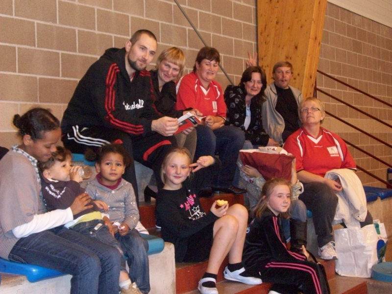 Les supporters du match Foot salle 100_1110