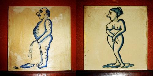 Restroom signs around the world [PIC] 5187e810