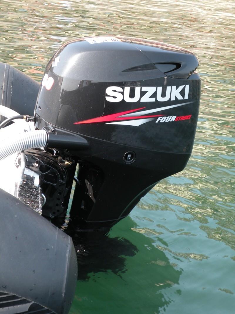 Suzuki DF60 Four Stroke Outboard Dscn2221