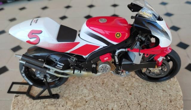Yamaha 500 YZR de Norick Abe 1998 1/12 Tamiya 910