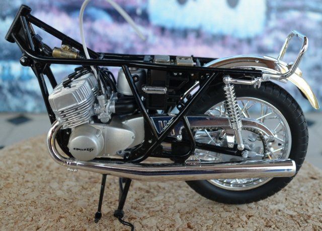 Kawasaki 500 H1 de Hasegawa Dsc_6924