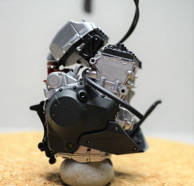 Kawasaki H2 de Tamiya Dsc_7027