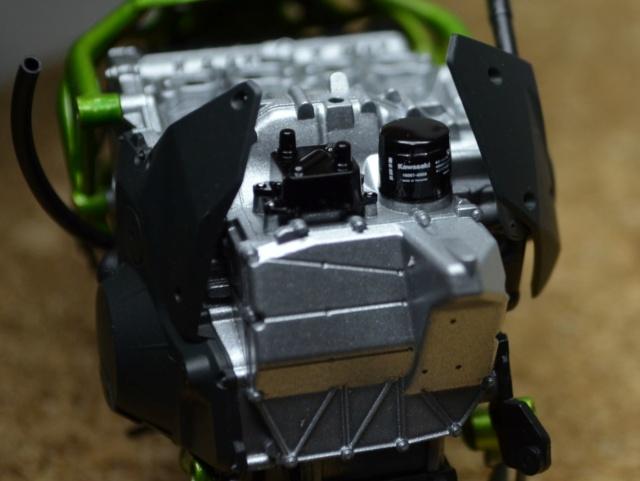 Kawasaki H2 de Tamiya Dsc_7117