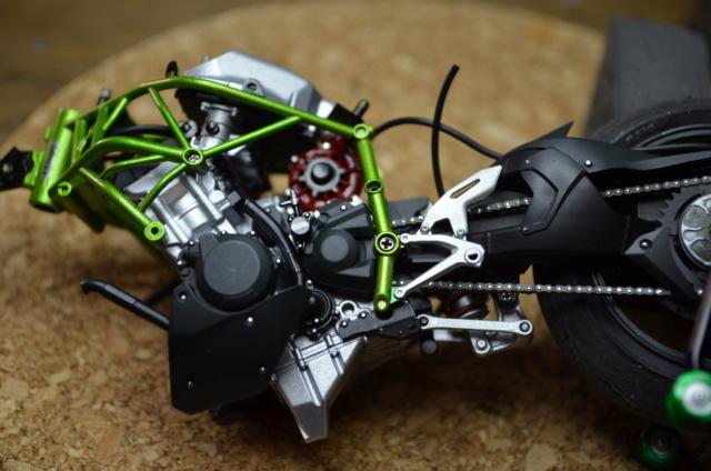 Kawasaki H2 de Tamiya Dsc_7120