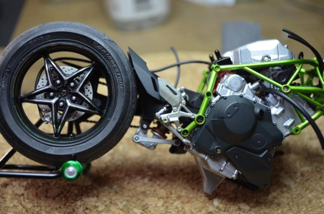 Kawasaki H2 de Tamiya Dsc_7124