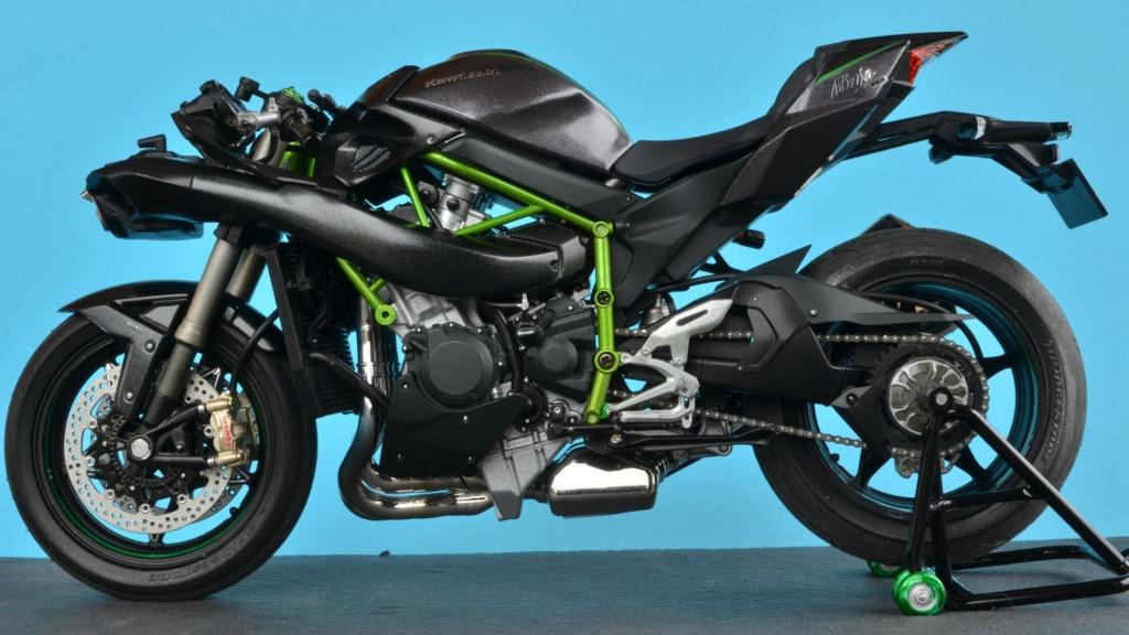 Kawasaki H2 de Tamiya Dsc_7211