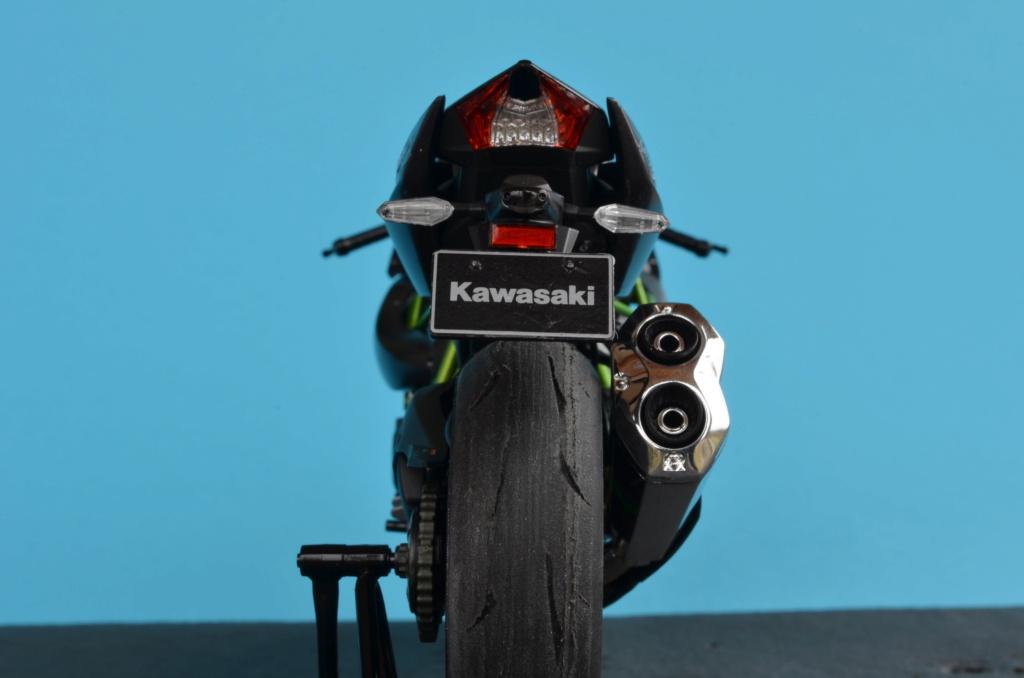 Kawasaki H2 de Tamiya Dsc_7215