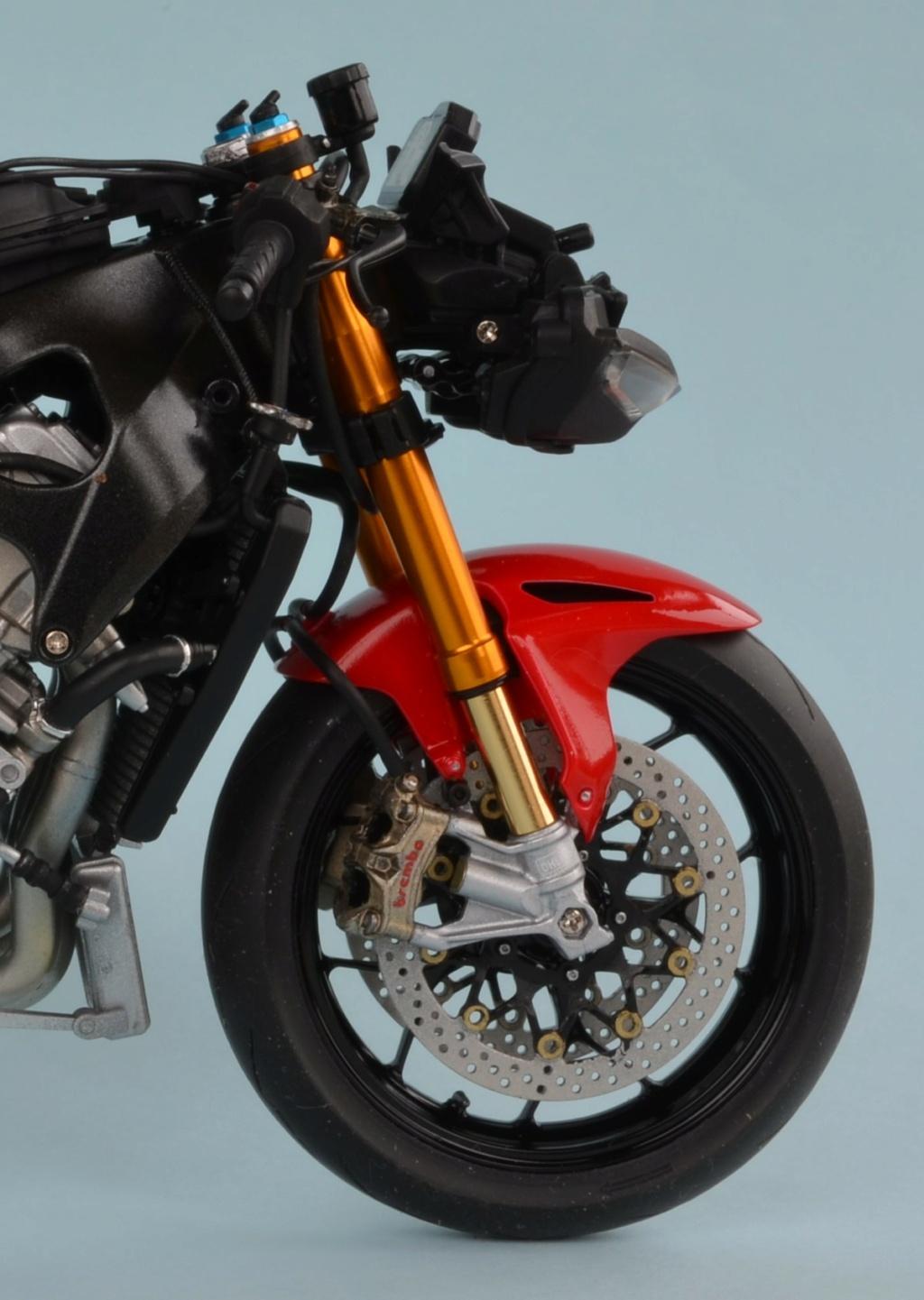 Honda CBR1000RR-R de Tamiya Dsc_7411
