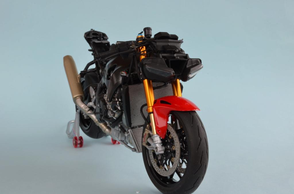 Honda CBR1000RR-R de Tamiya Dsc_7414