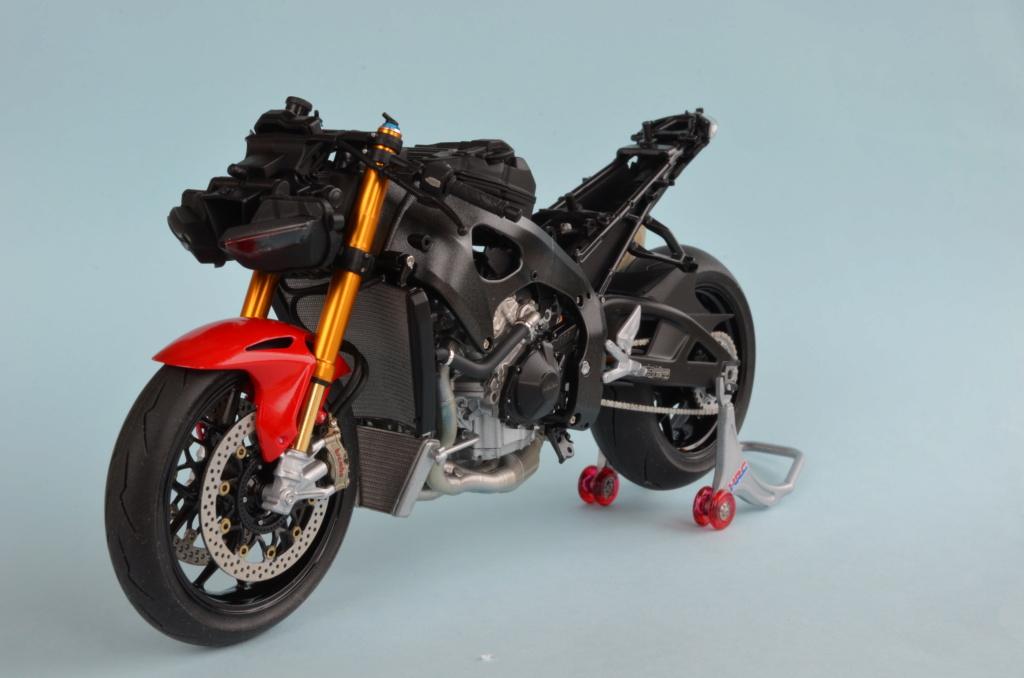 Honda CBR1000RR-R de Tamiya Dsc_7415