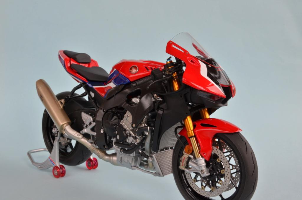 Honda CBR1000RR-R de Tamiya Dsc_7417