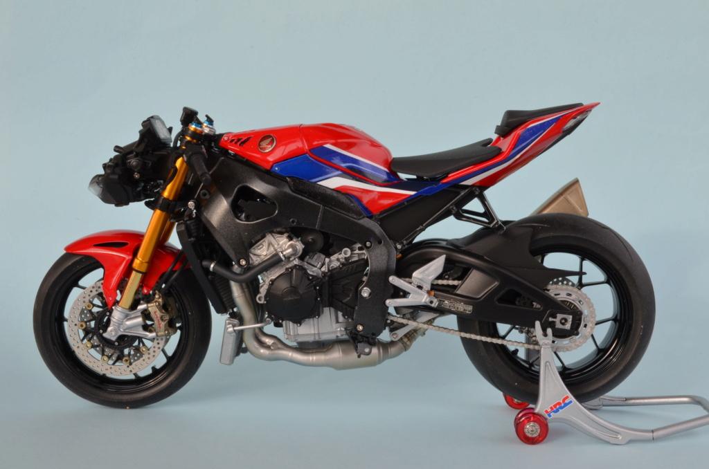 Honda CBR1000RR-R de Tamiya Dsc_7418