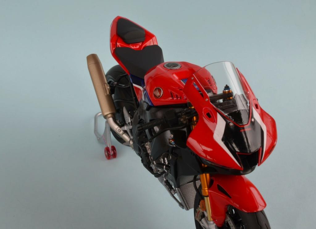 Honda CBR1000RR-R de Tamiya Dsc_7420