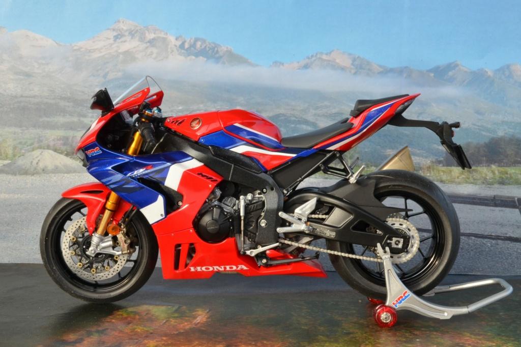 Honda CBR1000RR-R de Tamiya Dsc_7422