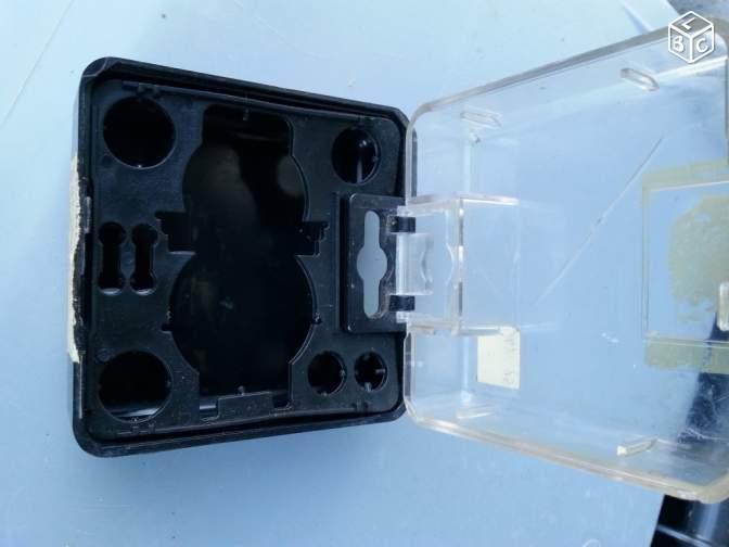 Vente de pièces détachées exclusivement de R15 R17 - Page 40 605f0e10