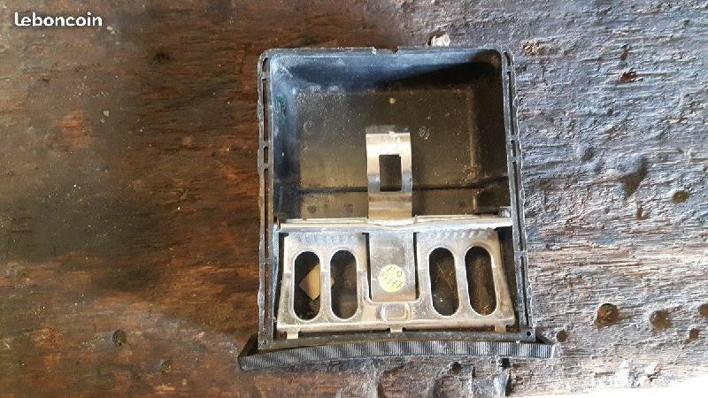 Vente de pièces détachées exclusivement de R15 R17 - Page 23 82a50210