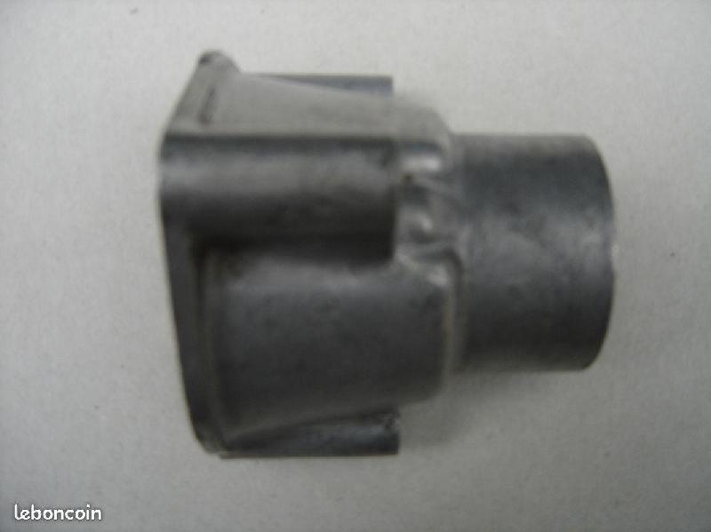 Vente de pièces détachées exclusivement de R15 R17 - Page 7 8f61bf10