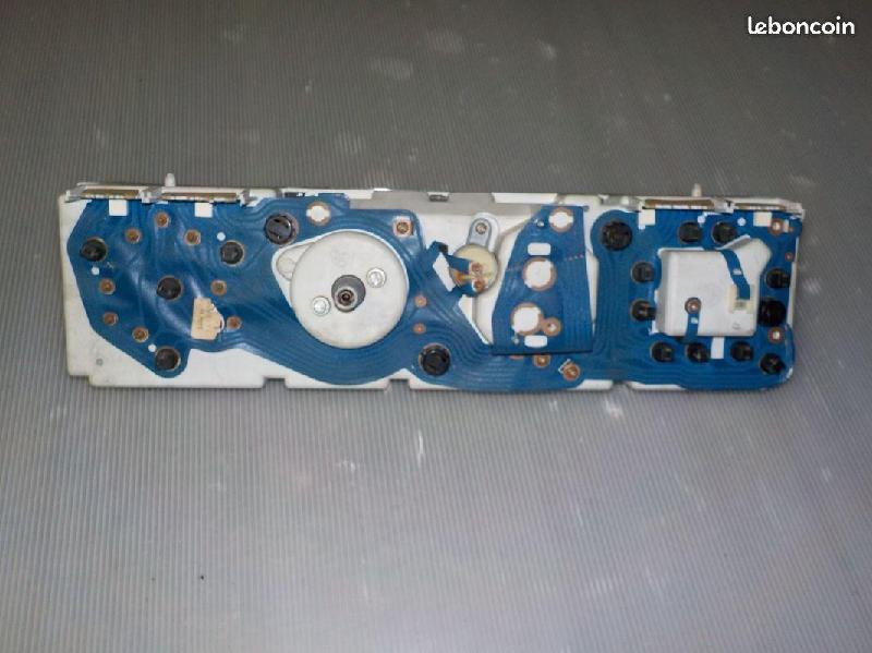 Vente de pièces détachées exclusivement de R15 R17 - Page 23 B5593110