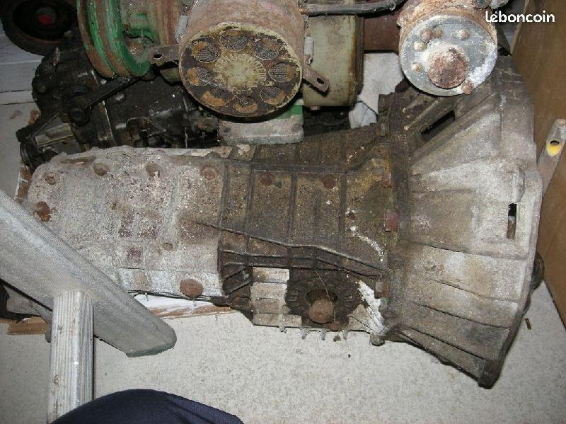 Vente de pièces détachées exclusivement de R15 R17 - Page 37 Cd809610