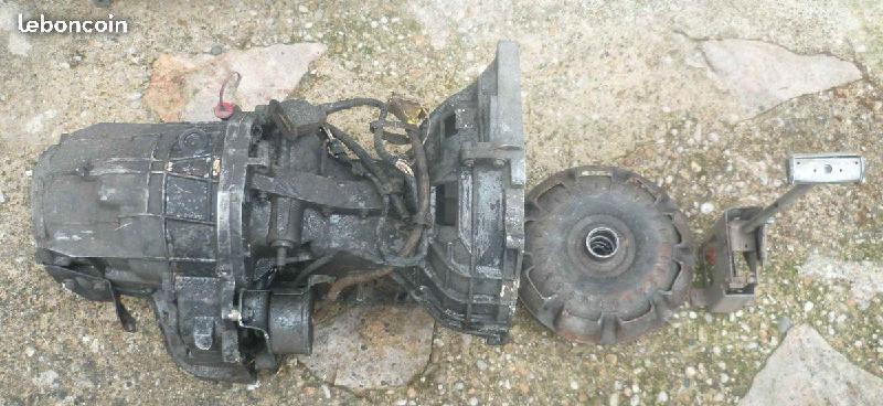 Vente de pièces détachées exclusivement de R15 R17 De864d11