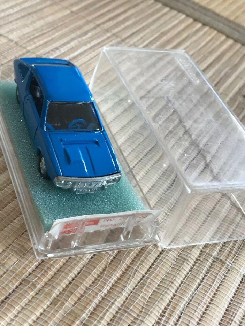 Vente de miniatures S-l11585