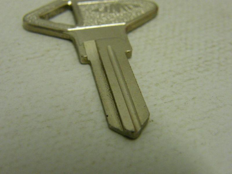 Vente de pièces détachées exclusivement de R15 R17 - Page 22 S-l15218