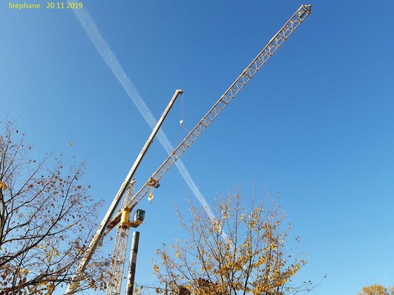 Montage d'une grue à flèche treillis à Troyes 20191128