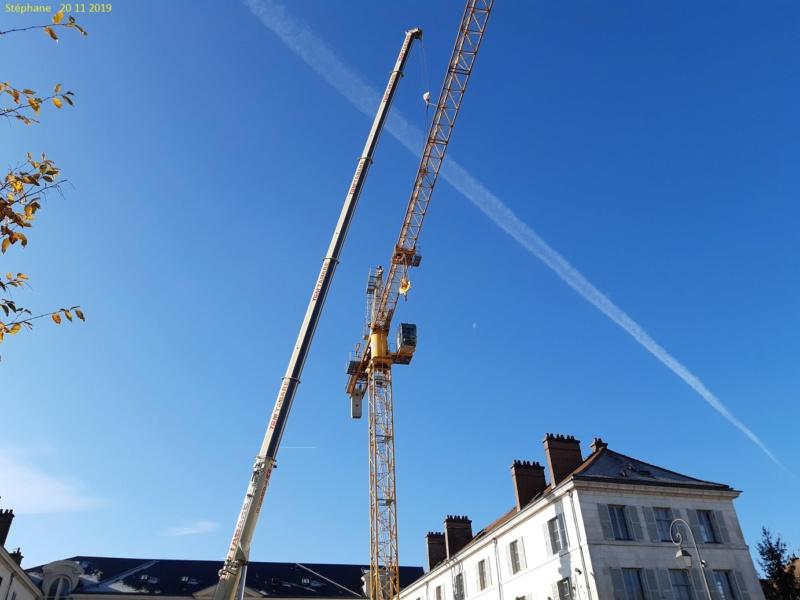 Montage d'une grue à flèche treillis à Troyes 20191130
