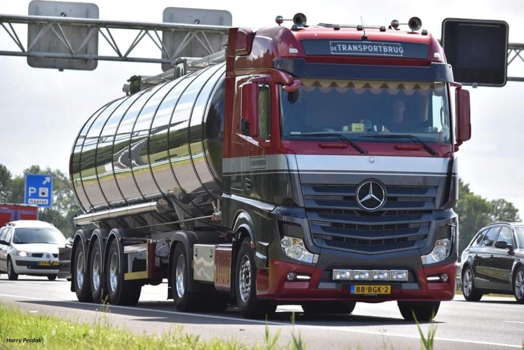 De Transportbrug (Nijkerk) Fb_im185
